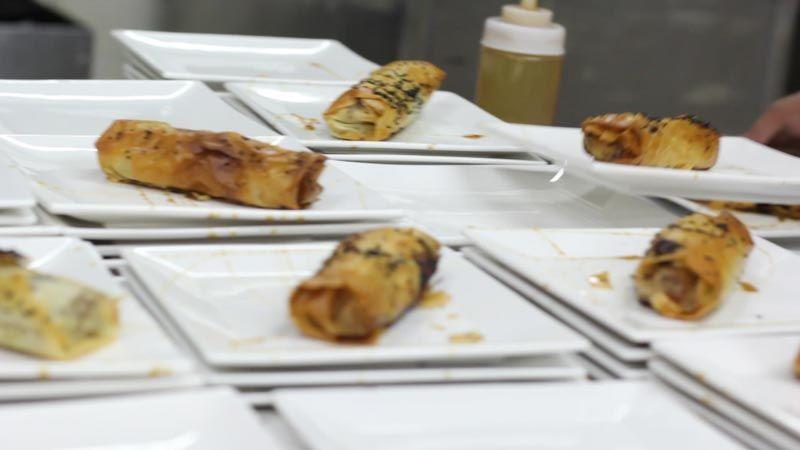 קייטרינג מרלו - אגרול במילוי בשר וירקות